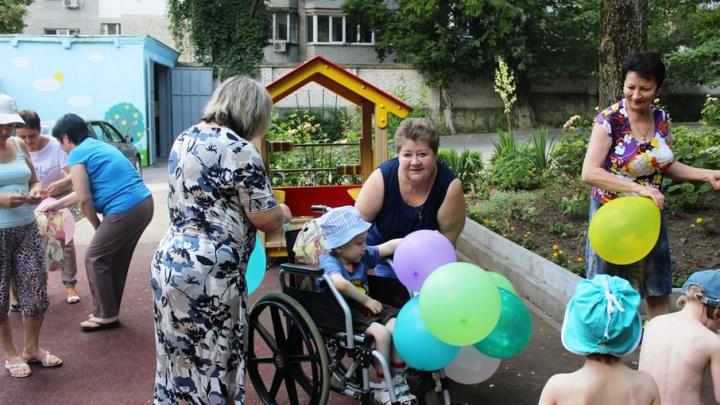 Сладости, воздушные шары и ремонт: ростовчане поучаствовали в акции «Твори добро»