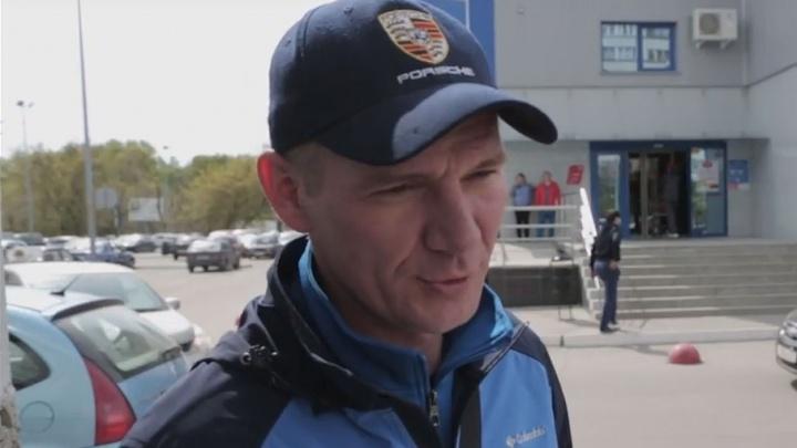На охранника, избившего инвалида в челябинском супермаркете, завели дело