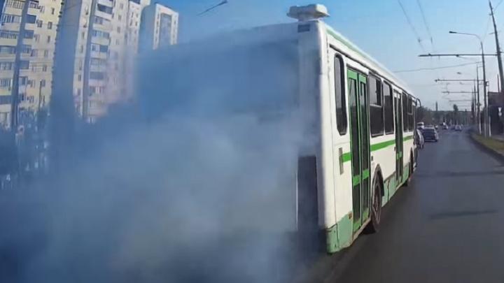 Волгоградцы: автобусы травят город тоннами выхлопных газов