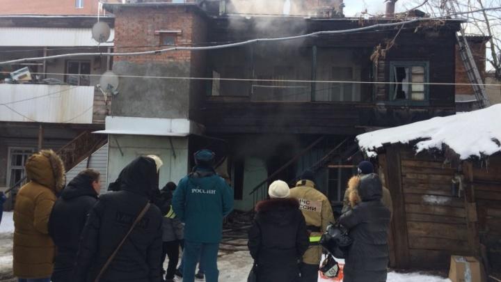 Пожар в доме в центре Ростова устроил трехлетний мальчик, игравший с огнем