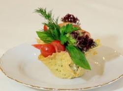 «Wow-повар»: салат молодости с лососем