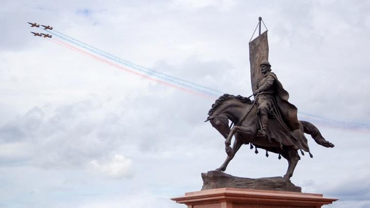 В День России на самарской набережной раздадут 2500 ленточек с триколором