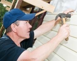 Как снизить затраты на ремонт дома?