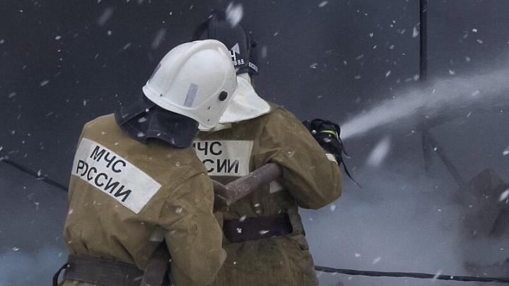 На пожаре в Ворошиловском районе Волгограда погиб 45-летний мужчина
