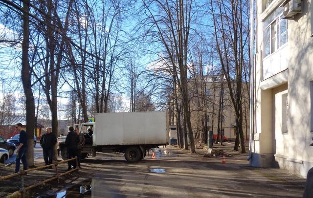 В Ярославле водитель грузовика сбил велосипедиста
