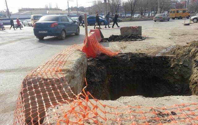 В Волгограде перекопали улицу Шурухина в районе Тракторозаводского рынка