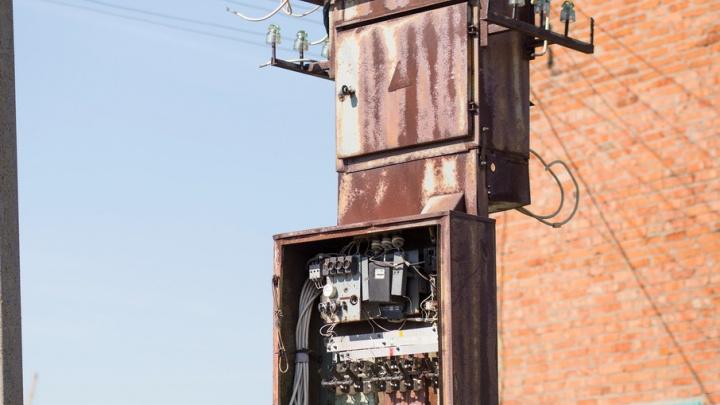 В Ярославле на подстанции током убило электрослесаря