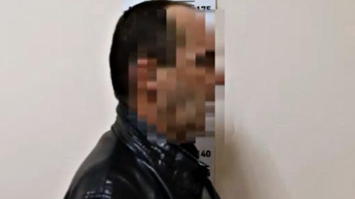 «Приставал, обнимал, пытался целовать»: напавший на 9-летнюю тюменку рассказал подробности на камеру