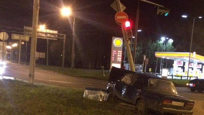 На проспекте Октября в Ярославле пропал светофор