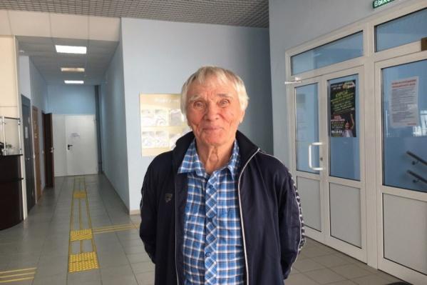 Сейчас Игорь Бровин готовится к соревнованиям