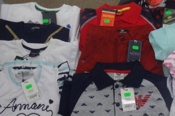 Из Турции россиянка везла одежду для продажи