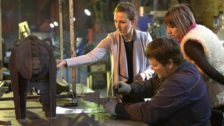 Бизнес в декрете: челябинки создают домашний уют с помощью лазера и железа