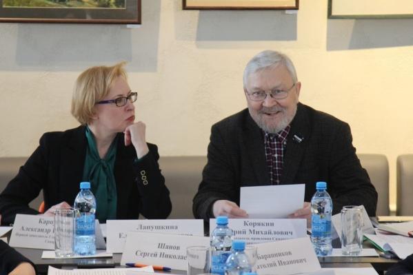Провели заседание мэр Елена Лапушкина и председатель Союза архитекторов Юрий Корякин