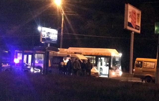 Водитель автобуса нокаутировал водителя подрезавшей его маршрутки в Волгограде