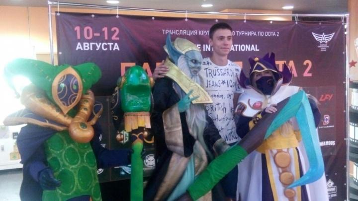 «Это настоящий кайф»: ростовские любители Dota посмотрели самый крутой кибертурнир в мире