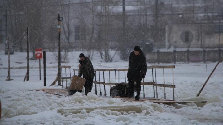В Архангельске открыли две ледовые переправы