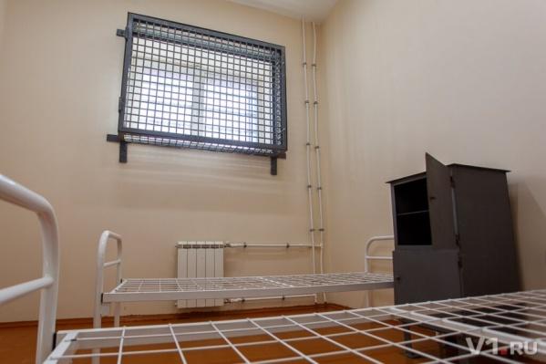 Больше 300 работающих заключенных не имели возможности комфортно отдохнуть раз в год