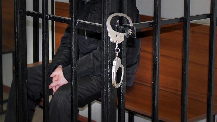 Южноуральцу огласили приговор за надругательство над шестилетней дочерью-аутистом