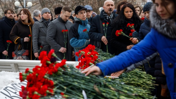 Кемерово, мы с тобой: Волгоград присоединился к общенациональному трауру