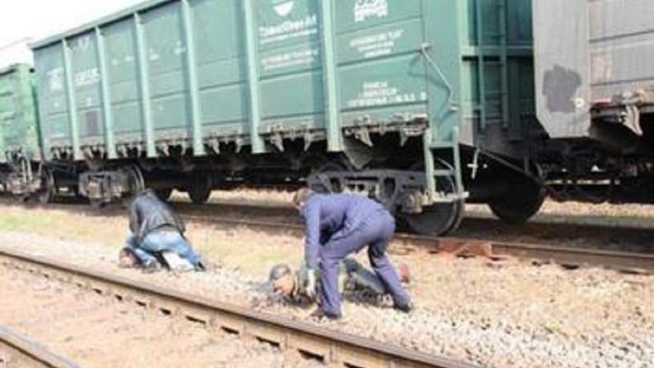 В Волгограде сотрудник УФСИН попался на краже металла из грузового поезда