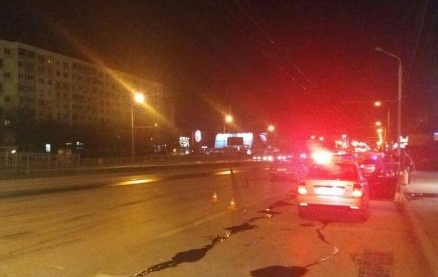 На проспекте Космонавтов автоледи на ВАЗ-2114 сбила пешехода