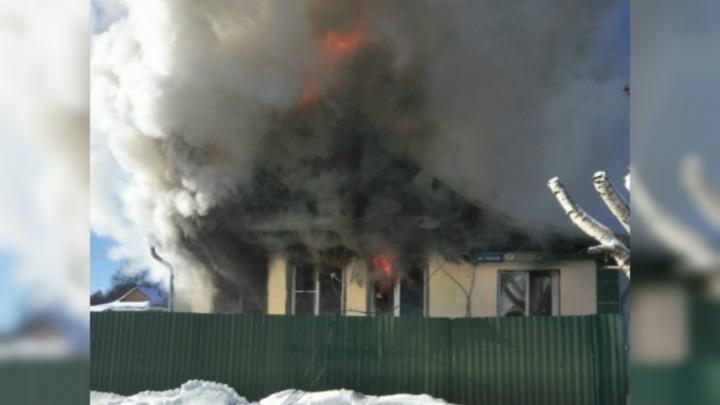 Страшный пожар в Переславском районе: мужчина сгорел в собственном доме