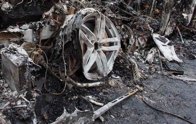 В Волгоградской области молодой мужчина заживо сгорел в гараже