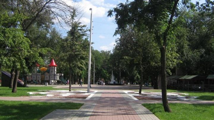 До конца этого года отремонтируют сквер Чуковского и детский игровой комплекс «Кораблик»