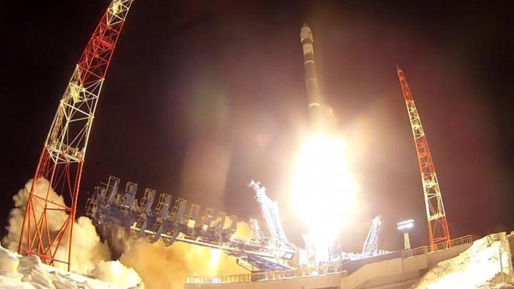 Самарская ракета вывела на орбиту космический аппарат Минобороны
