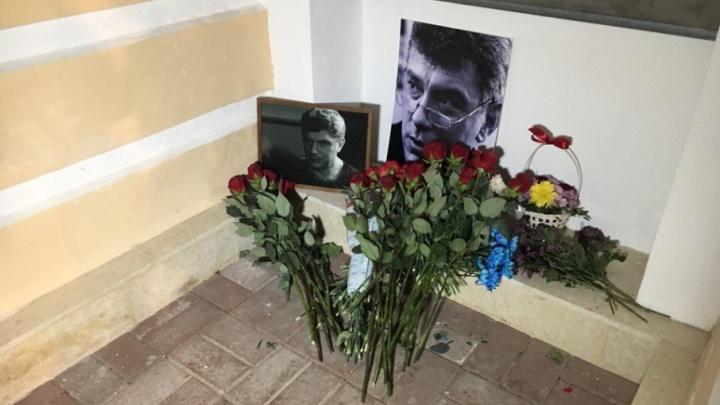 Ночью и молча: как вспоминают Бориса Немцова в Ярославле