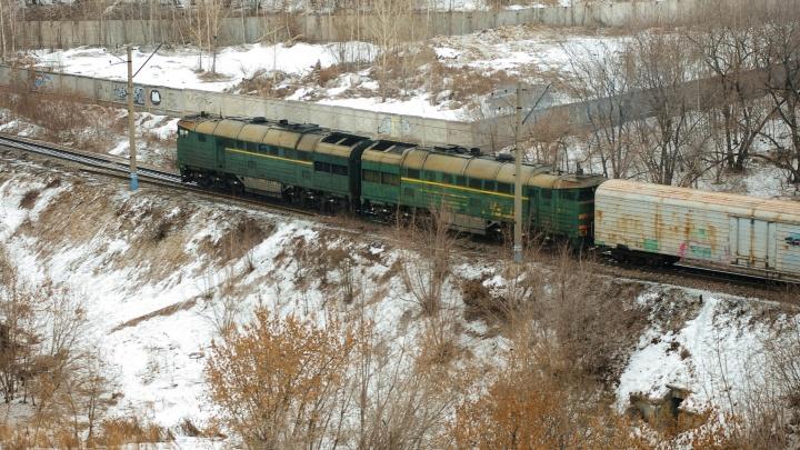 Под Первоуральском грузовой поезд насмерть сбил пенсионера
