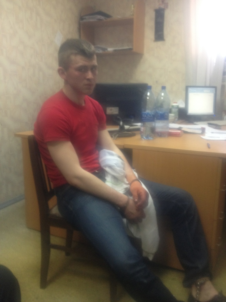 Илья Комаров в отделе полиции