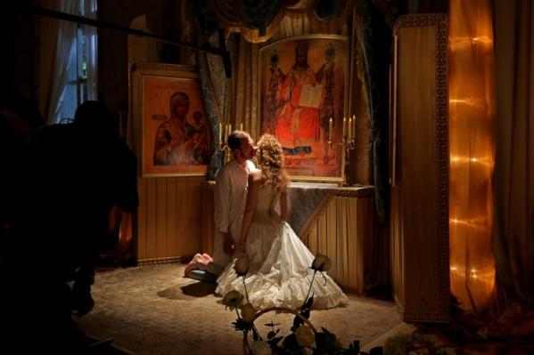 Следить за перипетиями любовной истории последнего русского царя и польской балерины может быть небезопасно