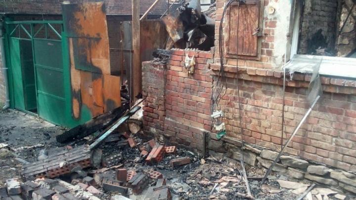 В прокуратуре подтвердили, что 160 сгоревших на Театралке домов не пригодны для проживания