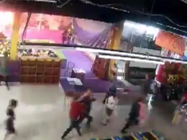 кадр из видео/Инцидент Кемерово/vk.com