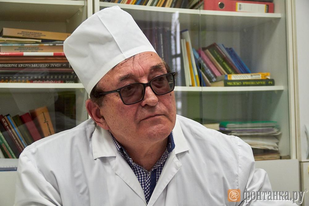 Главный врач Поддорской районной больницы Григорий Иванов