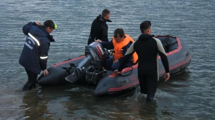 «Оглянулась – сына нет, а потом исчезли муж с младшим ребёнком»: жители Чесмы о трагедии на озере