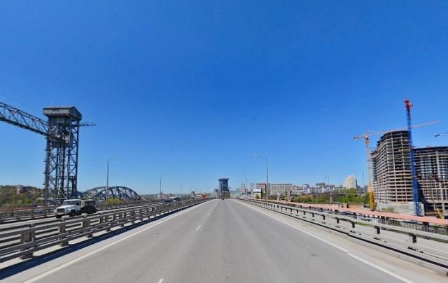 Мост Сиверса в Ростове покрасят за 17 млн рублей