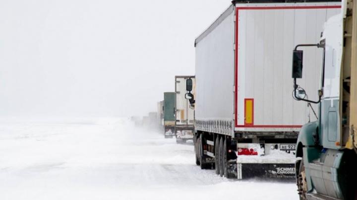 Дороги Волгоградской области станут на выходных заснеженным ледяным катком