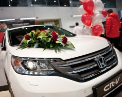 В ДЦ Honda на Федюнинского состоялась премьера нового Honda CR-V
