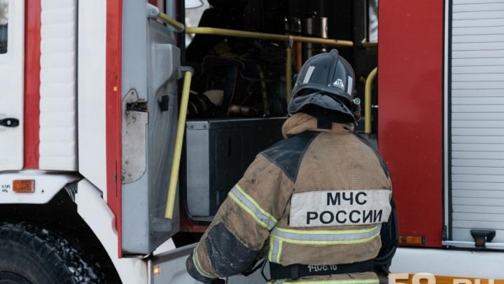 В Перми на одной улице прошлой ночью сгорели четыре дачных дома
