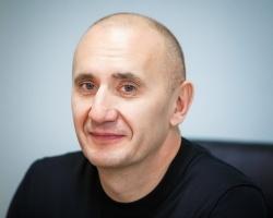 Анатолий Молодчик, директор Колледжа права и экономики: «Мы создаем такую атмосферу, в которой студентам хочется быть успешными»