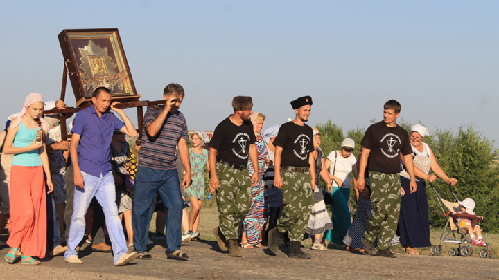 В Ростовскую область привезли чудотворную икону Богородицы