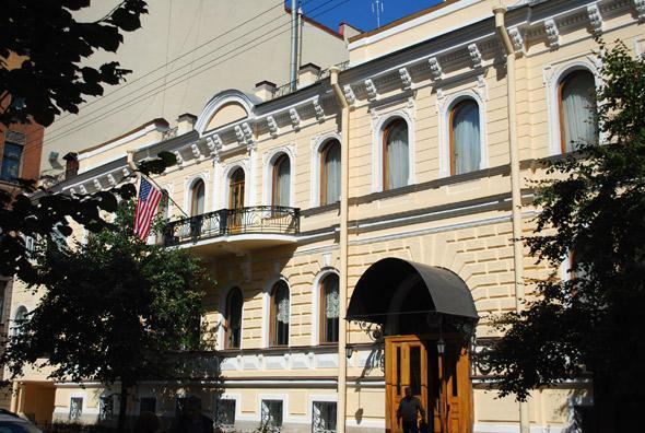 Здание резиденции в Гродненском переулке