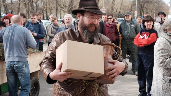 Хлеб за 700 рублей: в Перми открылся магазин Стерлигова для тех, «кому плевать на деньги»