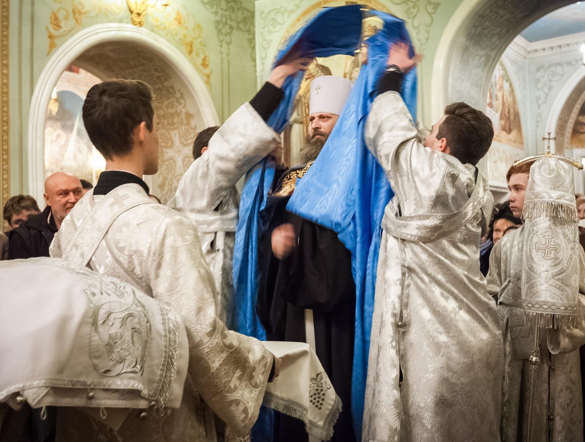 Службу в Свято-Симеоновском кафедральном соборе возглавил Митрополит Челябинский и Миасский Никодим