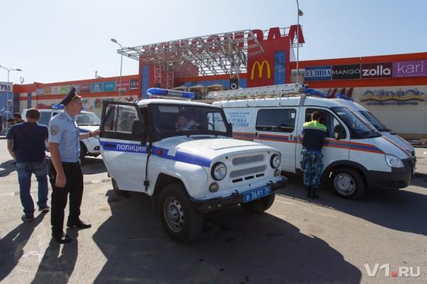 Эвакуация пришла практически в каждый ТРК Волгограда