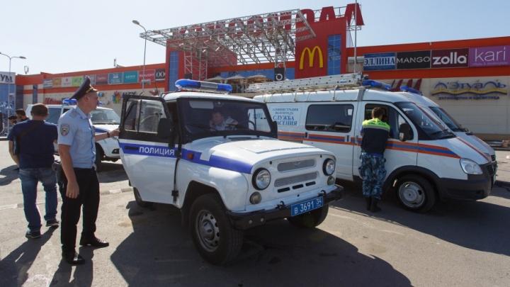Волгоград накрыла массовая эвакуация: хроника безумного дня
