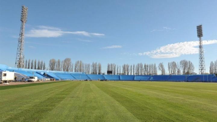 На стадионе «Торпедо» уложили газон для тренировок сборной Швейцарии во время ЧМ