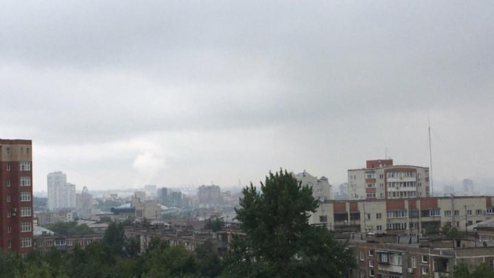 Челябинцы жалуются на боль в горле и насморк из-за выбросов
